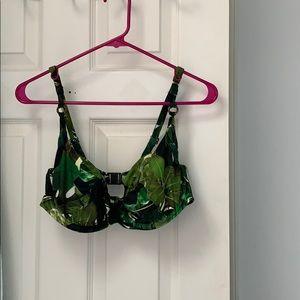 Fantasie leaf pattern bathing suit top!